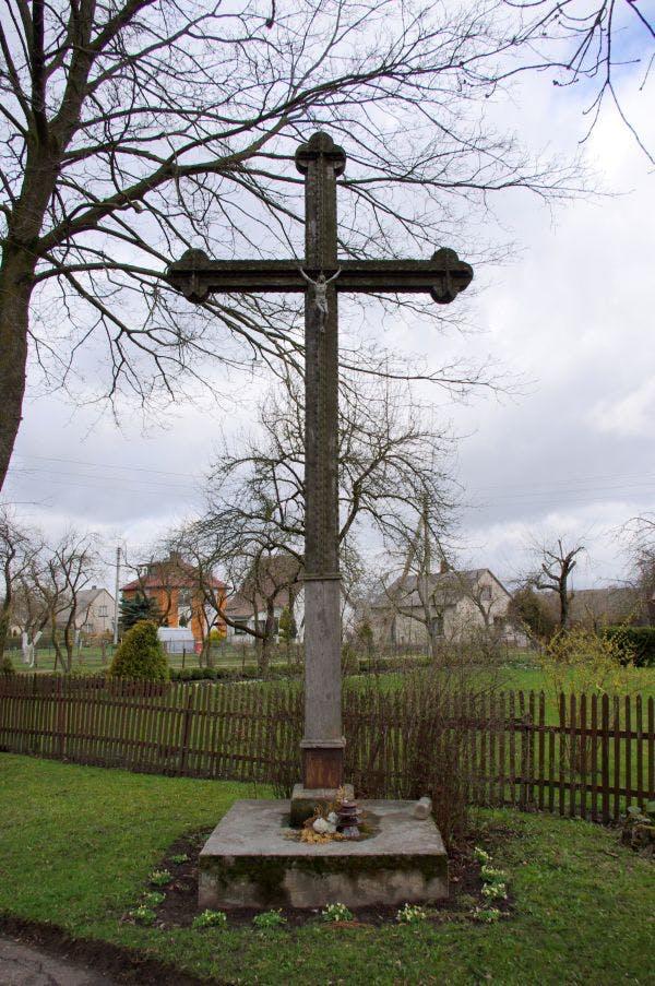 Kryžius Šilakojo sukilėliams atminti