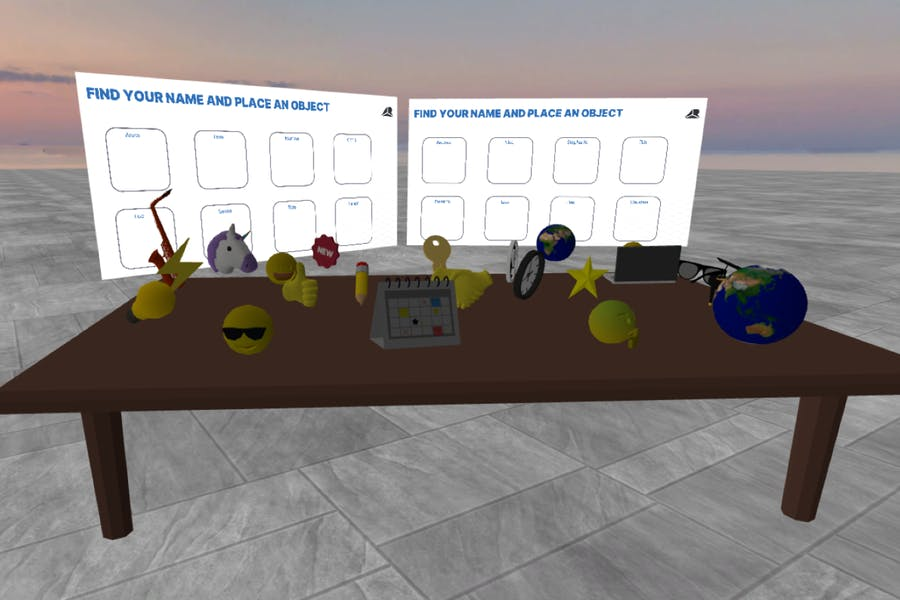 A workshop setting in Arthur with a variety of 3D objects and two pdfs ready for a team activity
