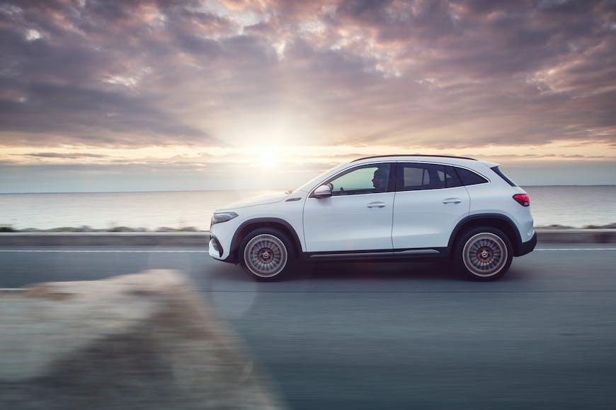 Nýr Mercedes-Benz EQA rafbíll kominn til landsins