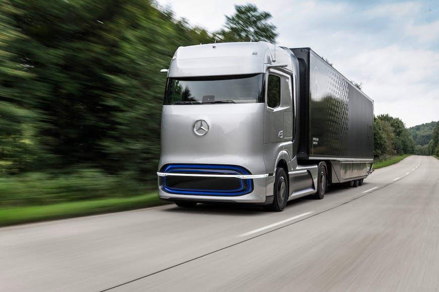 Mercedes-Benz vetnisknúinn vörubifreið