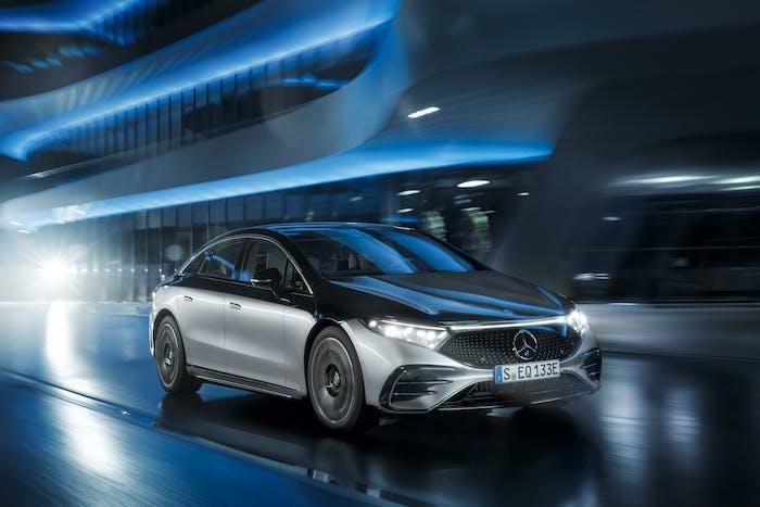 Mercedes-Benz EQS er hátæknivæddur lúxusrafbíll