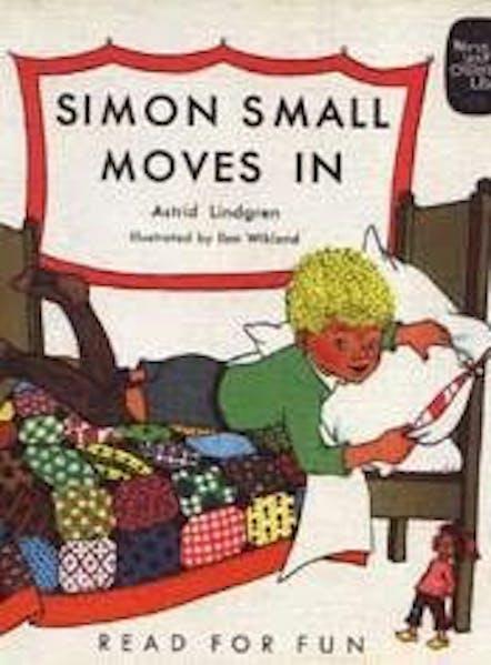 Cover Simon Small Moves In