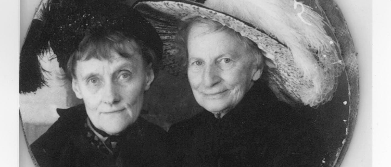 Astrid och Elsa Olenius