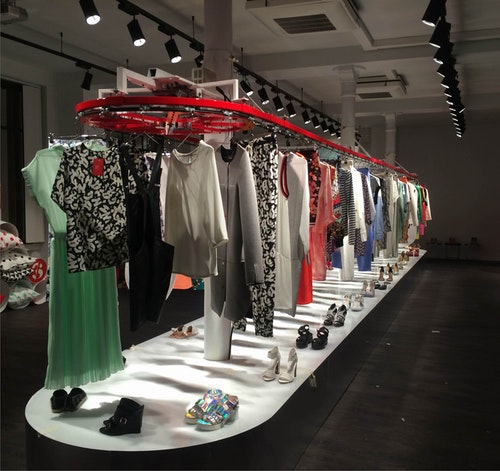Clothing Conveyor photo 1