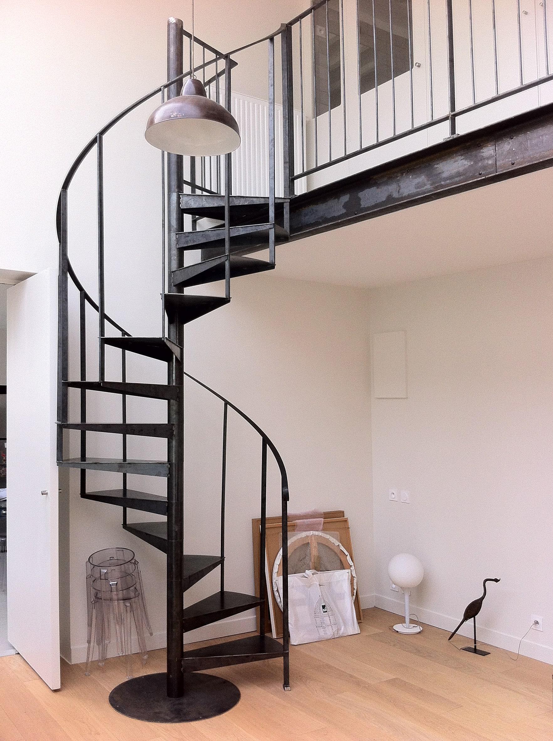 Spiral Staircase photo 2
