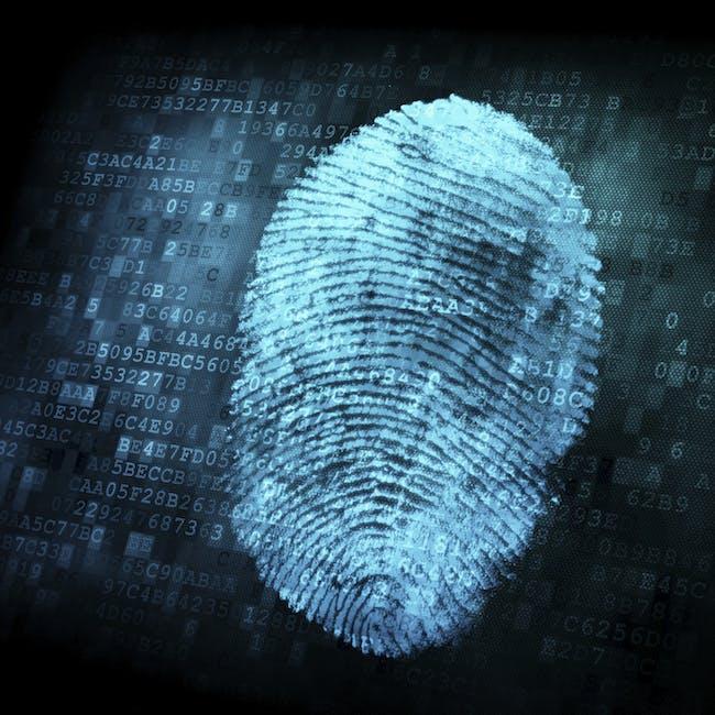 Zaszyfrowany odcisk palca, odnosi się do konieczności zabezpieczania danych