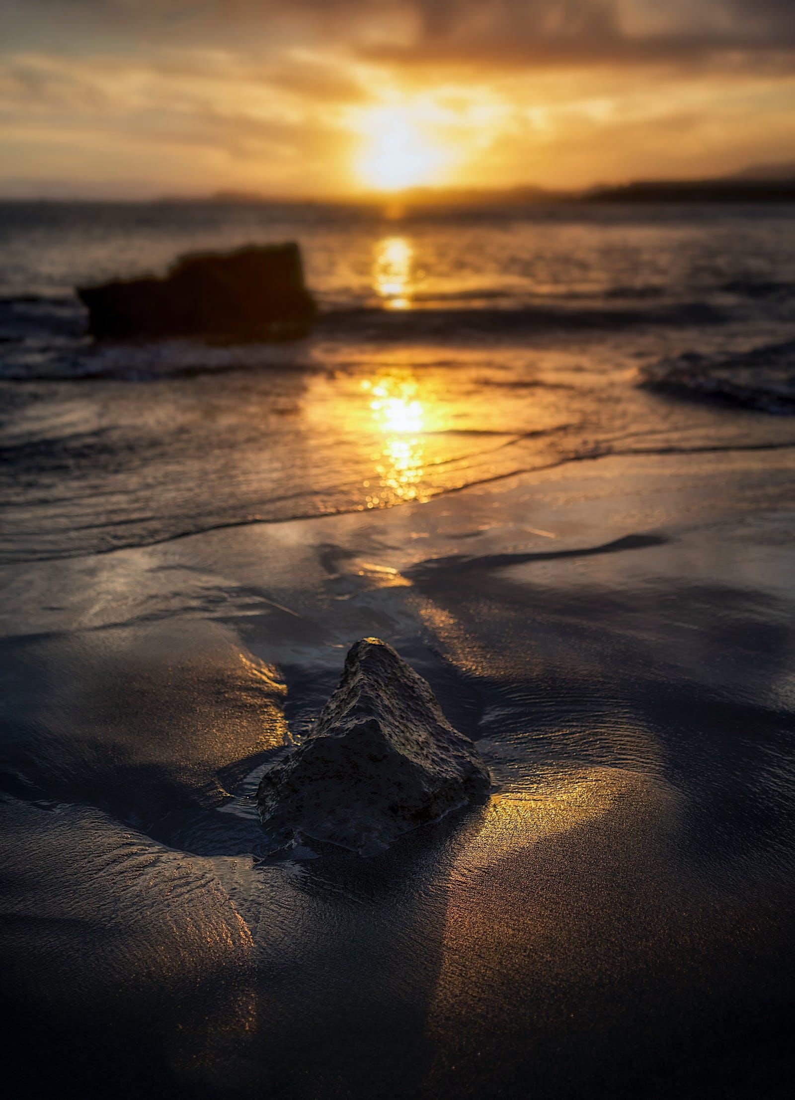 Le LaHoChi : Lumière, amour et sagesse. Mouvement et force de vie.