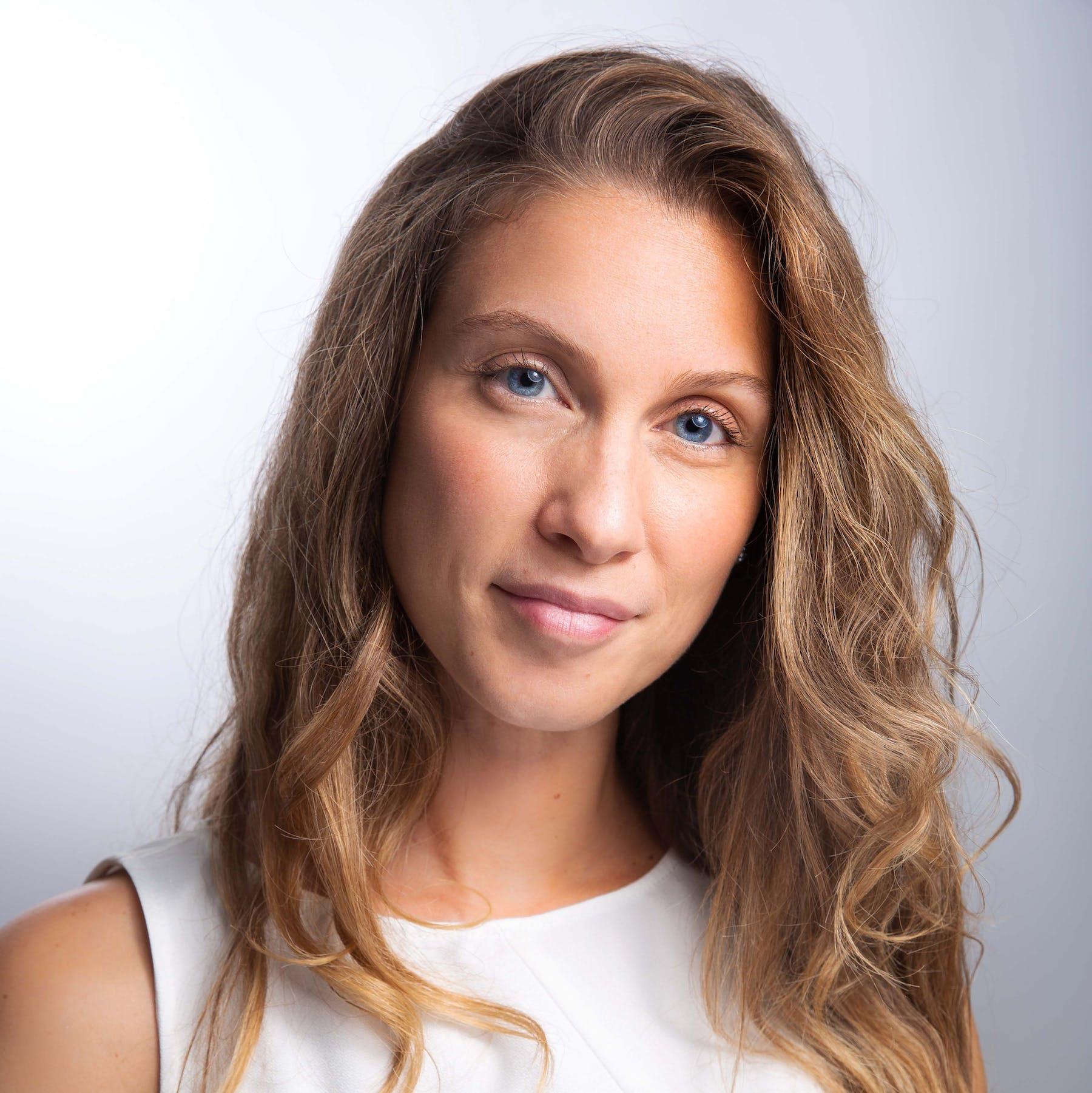 Anaïs LIEFOOGHE, Énergéticienne - Maître enseignante Reïki Usui Coach en psychologie positive et Naturopathe à Lille.
