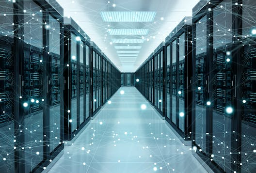 Risks and opportunities in hybrid cloud storage
