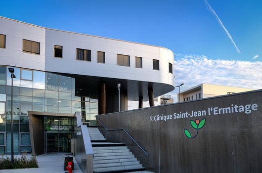 La clinique Saint-Jean l'Ermitage de Melun
