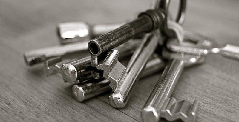 Est-il possible de garder le double des clés de son locataire