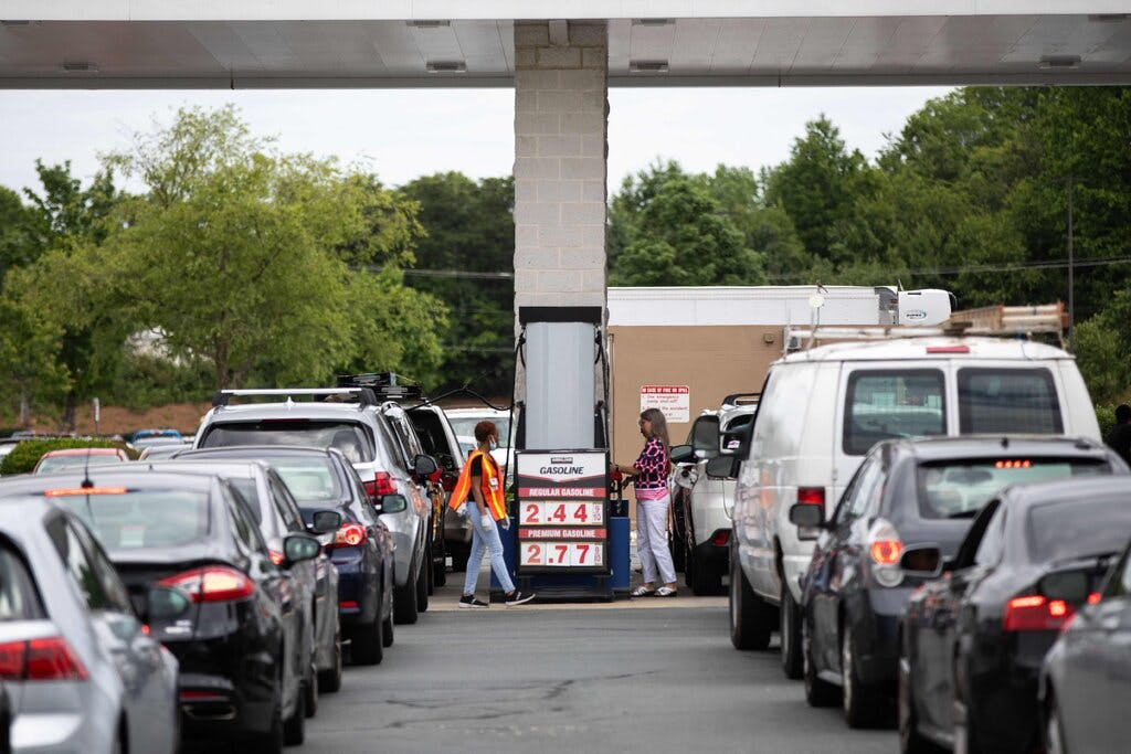 Cars line up for gas during shortage
