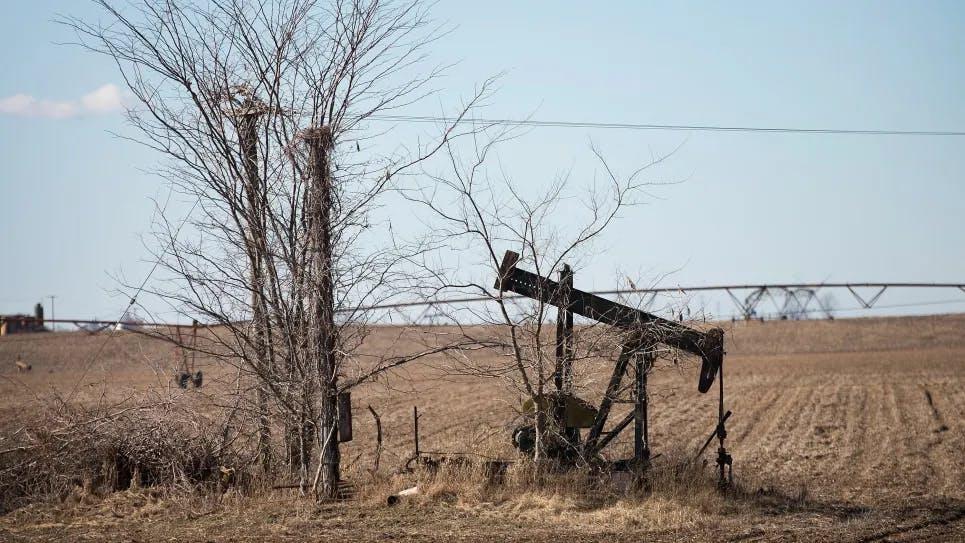 idled oil pump jack
