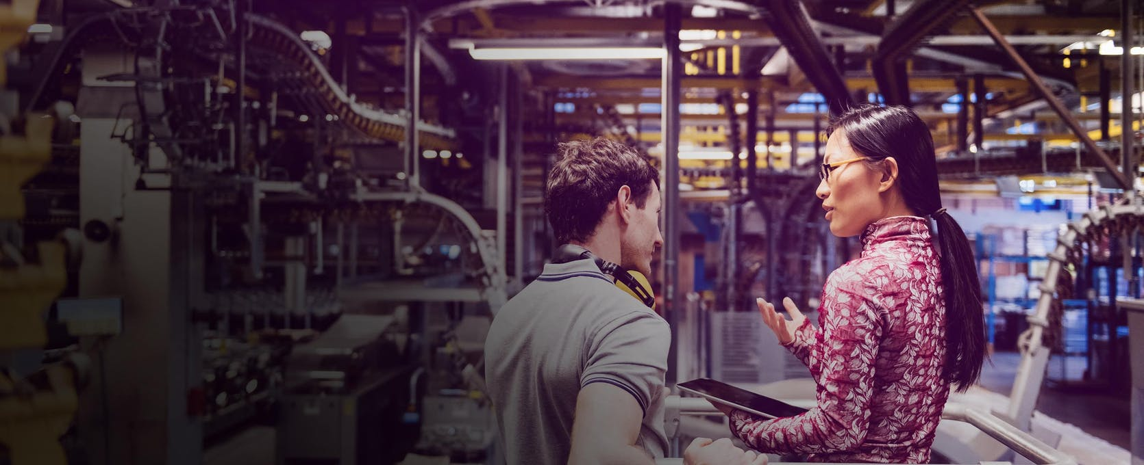 Plant manager uses erp systems to optimize manufacturing operations
