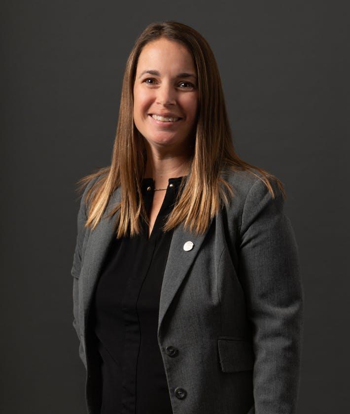 Amanda R. Blomberg