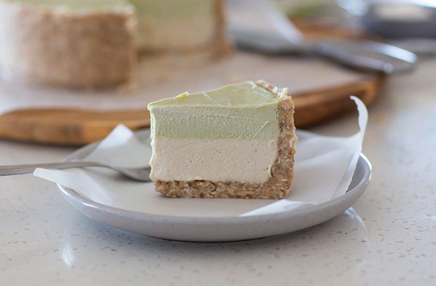 Matcha & Vanilla Raw Vegan Cheesecake