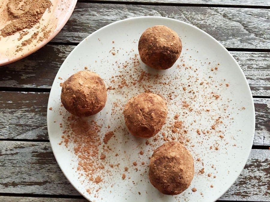 Raw Protein Fudge Balls