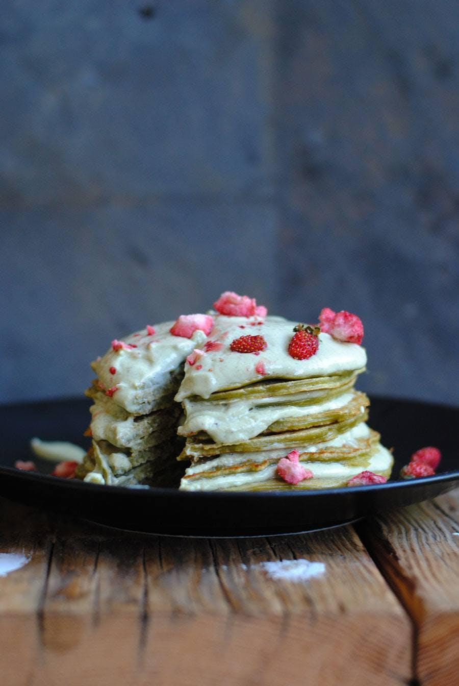 Matcha protein crepe-ish cake with Matcha yoghurt