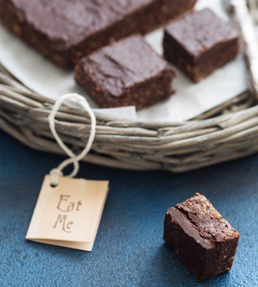 Dark Chocolate, Kakadu Plum & Tahini Fudge