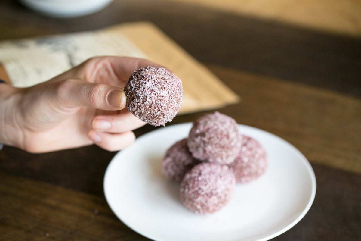 Cacao Brownie Balls