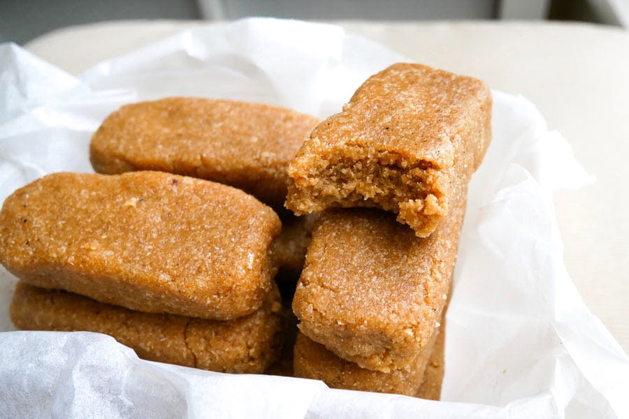 Four Ingredient Peanut Butter Protein Bars