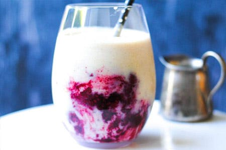 Peanut Butter Berry Smoothie