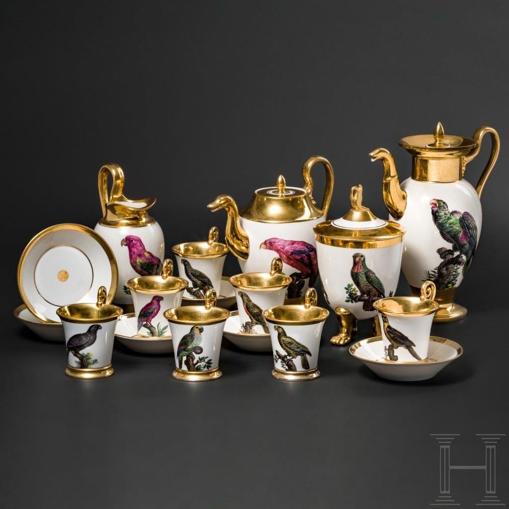 Service à thé et café antique à motifs de perroquets ayant appartenu au roi Maximilien Ier Joseph de Bavière, Nymphenburg, v. 1810-20, image ©Hermann Historica