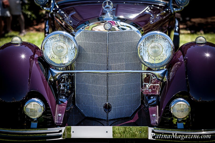 An impressive front with the classic Mercedes-Benz grille
