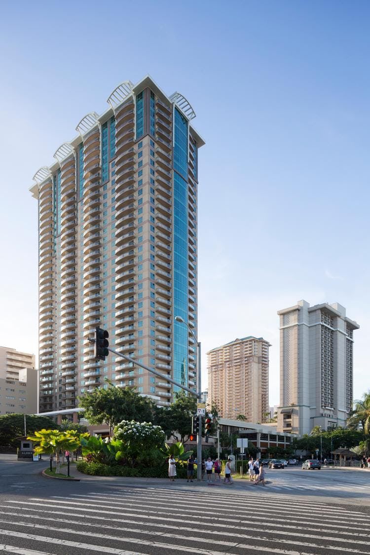 38-story, 418-unit Grand Islander tower