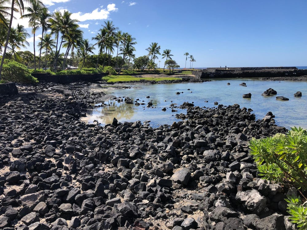 Overlooking Keali'ali'a Lagoon after demolition, with partial view of Hāpaiali'i Heiau.
