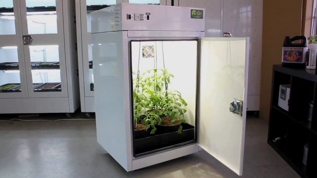 The MotherShip™ product video discussing grow box features and benefits
