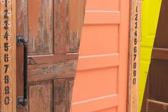 Thumbnail Feedback Door