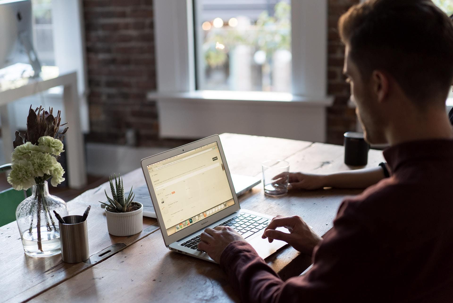 Equipes dispersées. Comment gérer les nouveaux modes de travail ?