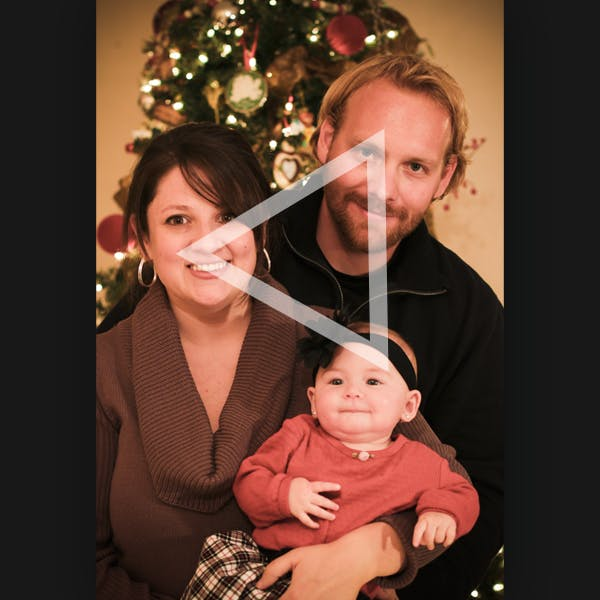 Big 3's Guide To Shooting Aesthetic Christmas Photos/Videos Triangle Composition (Source: envato tuts+)