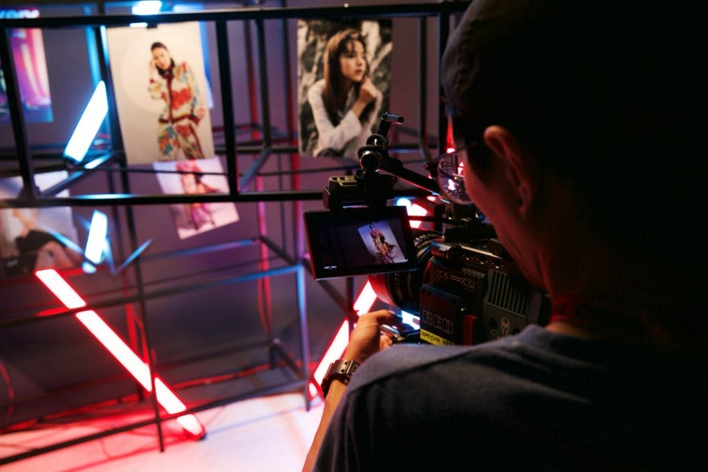 Behind the scenes of a shoot with intricate lighting and grids
