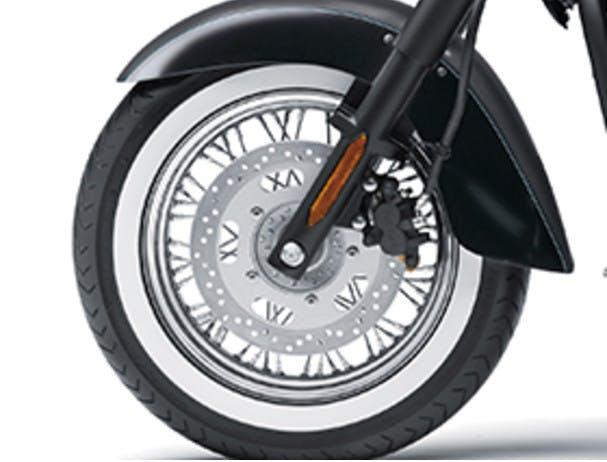 KAWASAKI VULCAN 900 CLASSIC front wheel