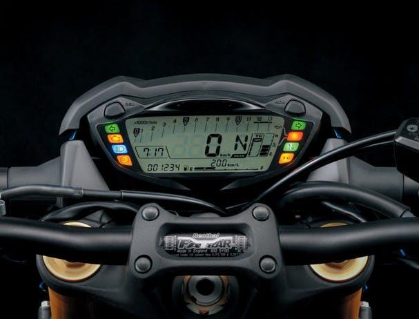SUZUKI GSX-S1000F instrument panel
