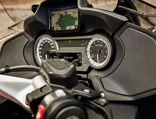 BMW R 1250 RT (SPEZIAL) the audio system