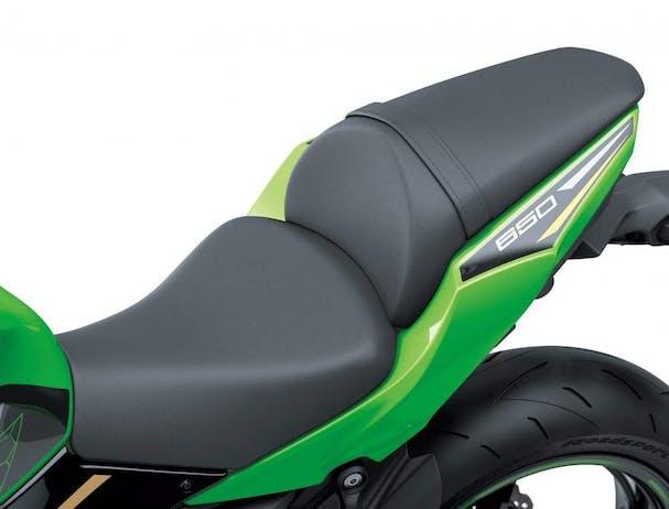 Kawasaki Ninja 650L SE seat