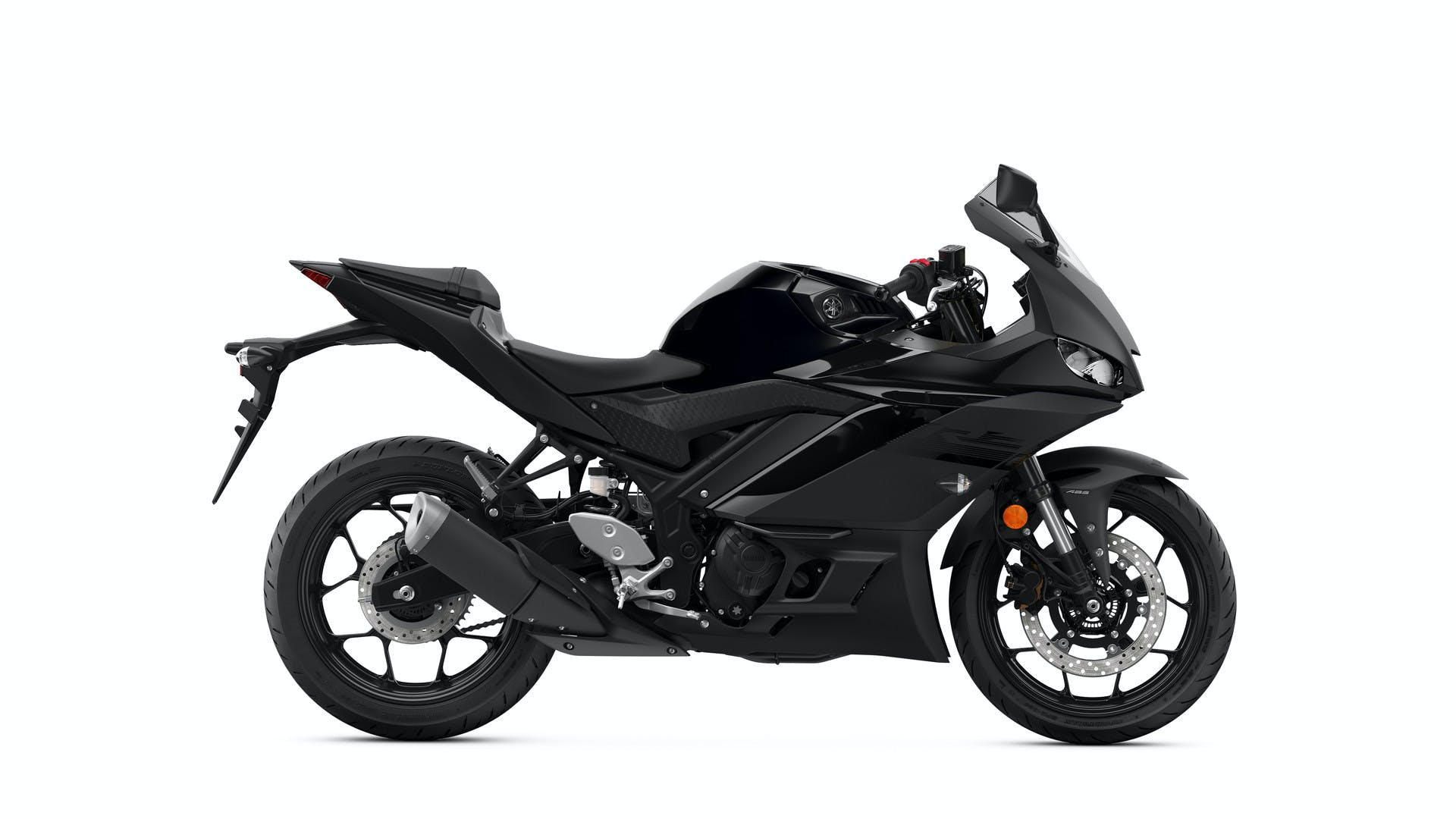 Yamaha YZF-R3 in matte stealth black colour