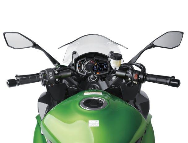 KAWASAKI NINJA 1000 ergonomics