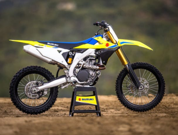 SUZUKI RM-Z450 in champion yellow no.2 colour