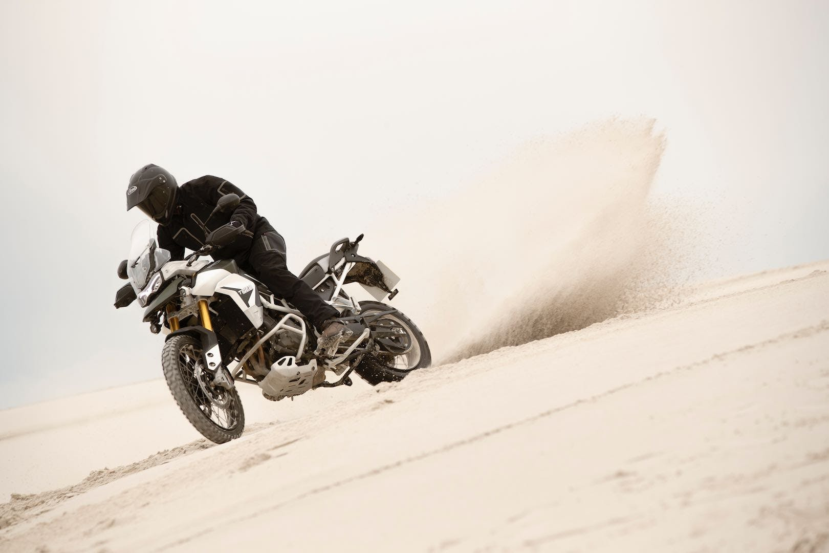 Tiger 900 Rally on off-road track