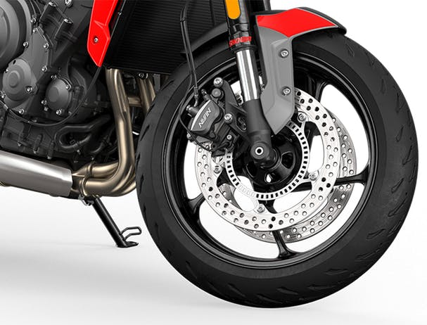 Trident 660 front wheel