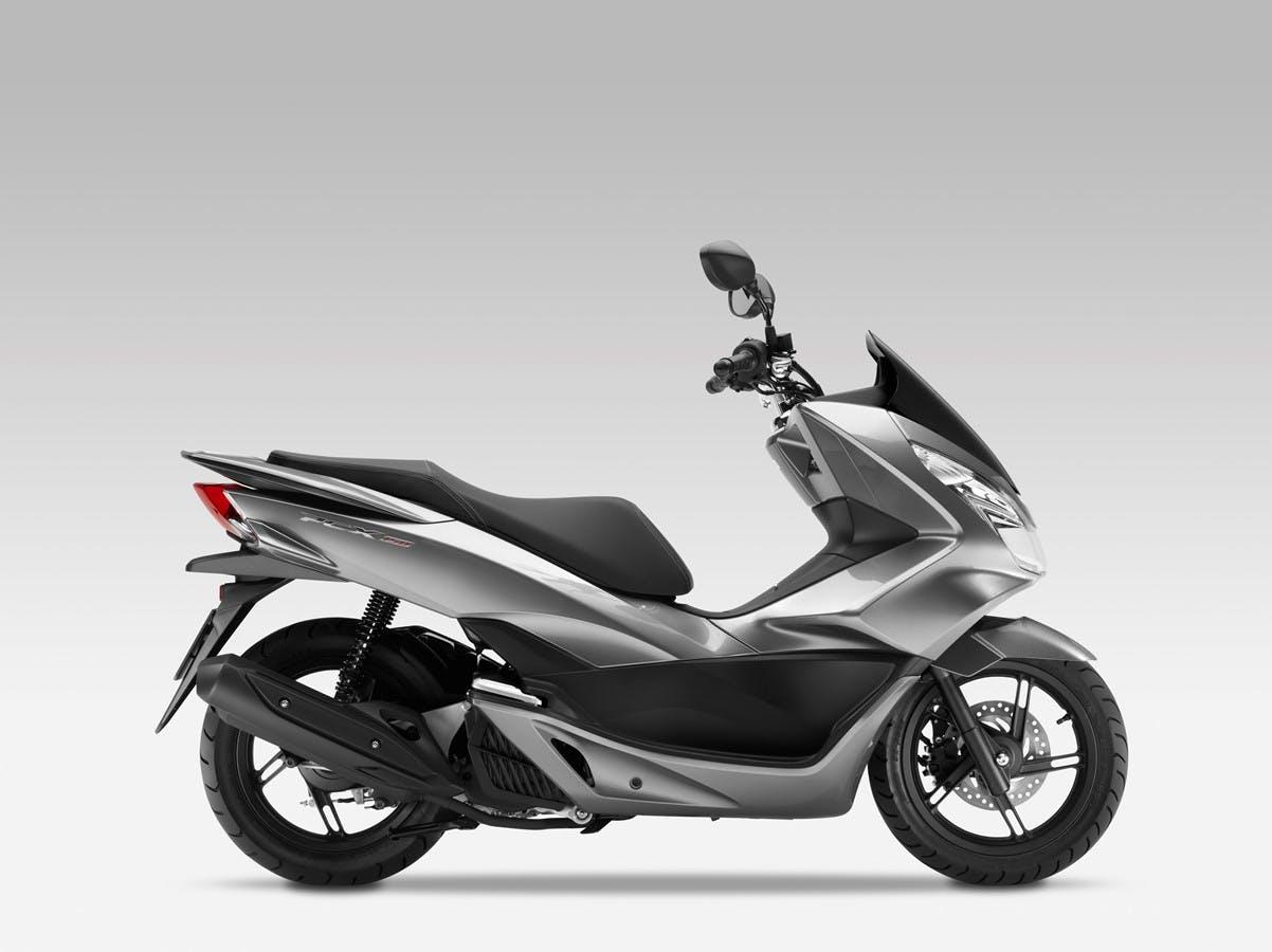 Honda PCX150 in matte techno silver metallic colour