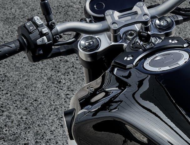 Honda CB1000R handlebar