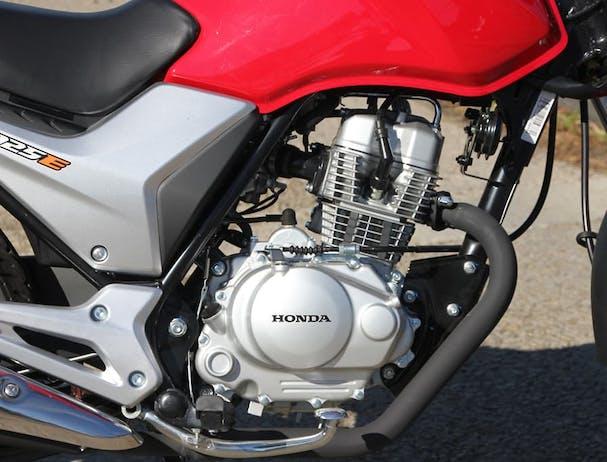 Honda CB125E engine