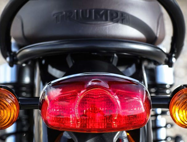 TRIUMPH BONNEVILLE T120 LED rear light