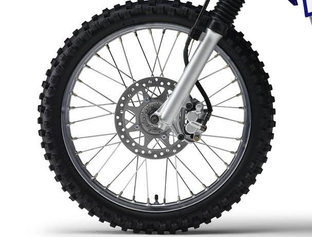 Yamaha TT-R125LWE front disc brake