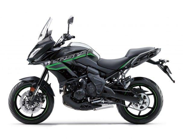 KAWASAKI VERSYS 650L in metallic flat spark black and metallic carbon grey colour